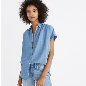 "NEW! MADEWELL ""Central"" Button Up Chambray Shirt"